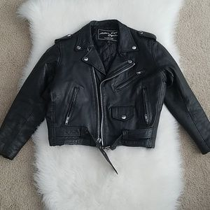 Vintage cropped leather motorcycle jacket